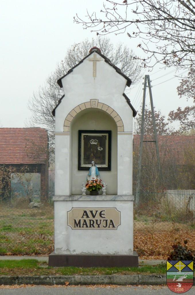 Kapliczka słupowa - Stare Siołkowice Michała 285.jpeg