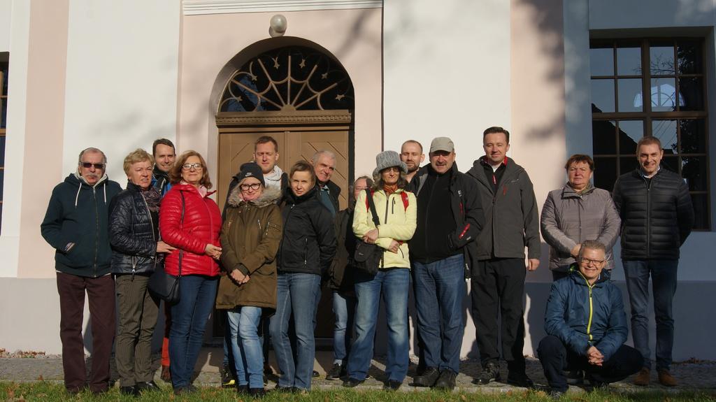 Wizyta przewodników z województwa opolskiego z koła przewodników działającym przy Opolskiej Regionalnej Organizacji Turystycznej w Gminie Popielów.jpeg