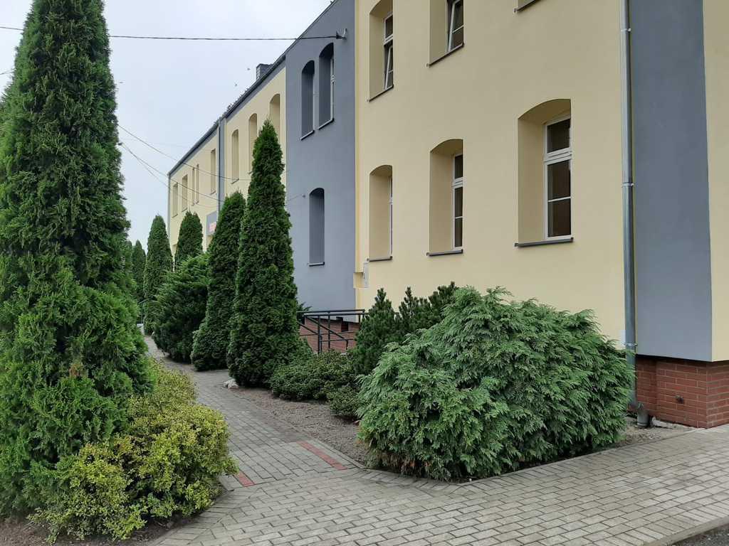 Budynek szkoły podstawowej w Starych Siołkowicach