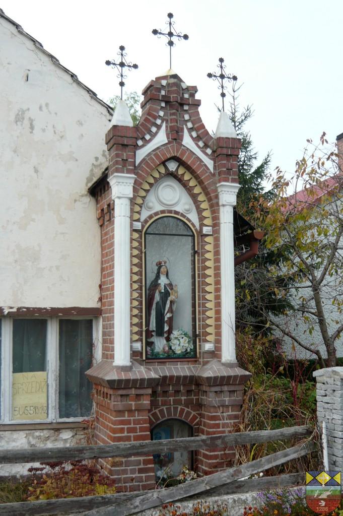 Kapliczka słupowa - Stare Siołkowice Zapłocie 36.jpeg