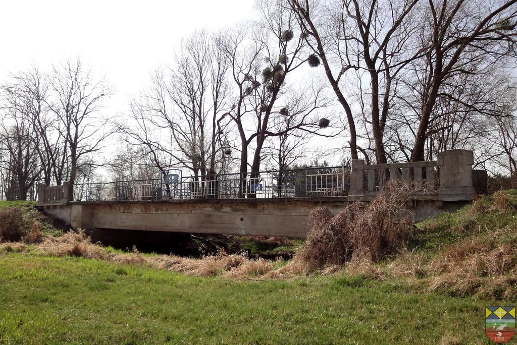 Most drogowy w ciągu drogi wojewódzkiej nr 457 Stare Kolnie - Popielów.jpeg