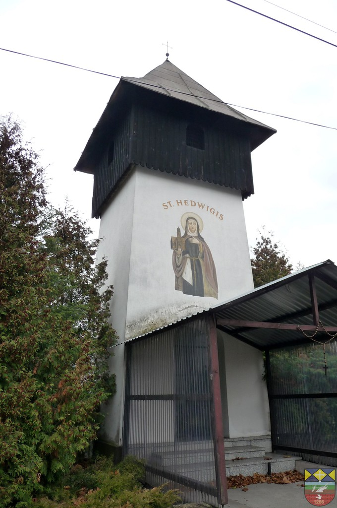Dzwonnica - Kaplica pw. św. Jadwigi Śląskiej - Nowe Siołkowice, Wiejska.jpeg