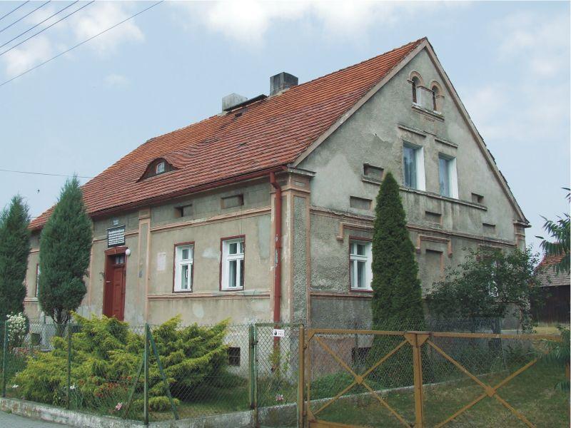 Dom ks. Jana Dzierżona w Karłowicach