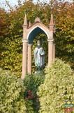 Kapliczka z figurą św Urbana - Popielów, Odrzańska 10.jpeg