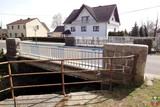 Most drogowy na cieku wodnym - Popielów, Dworcowa.jpeg